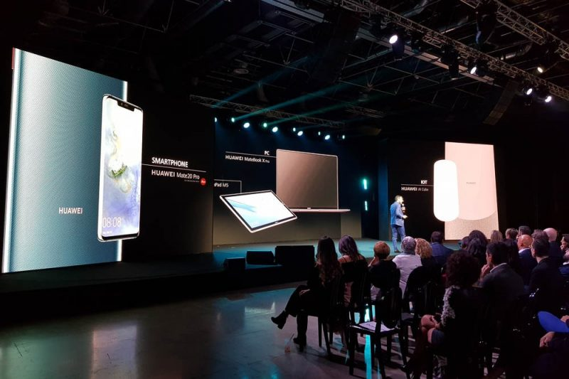 Huawei 2018 foto 2 - Scenografie per eventi - by Artes Group International