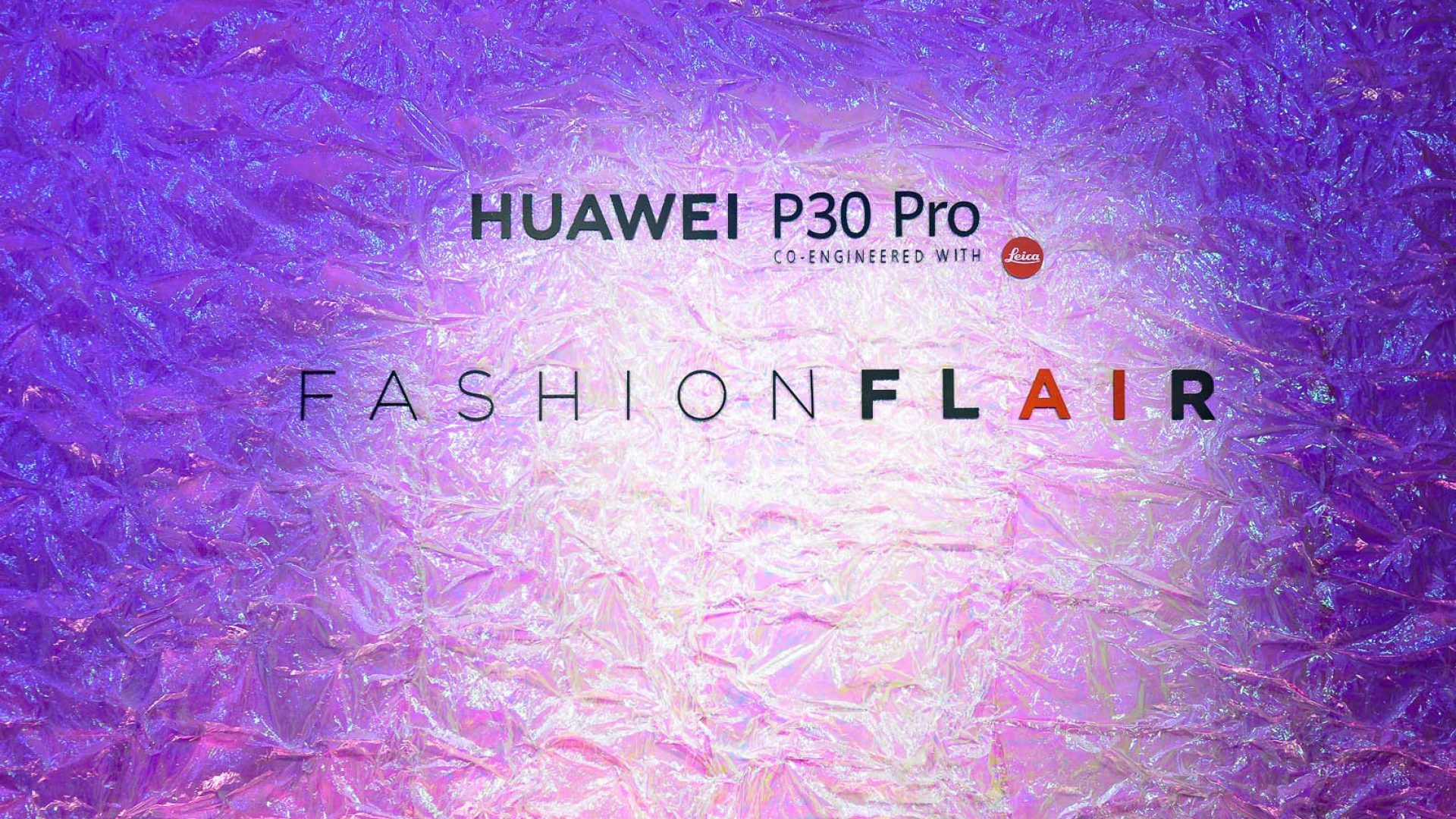 LFM Group per Huawei 2019 - High-tech/Fashion synergy with Annakiki fashion show co-created with the AI of the new HUAWEI P30 PRO   - by Artes Group International