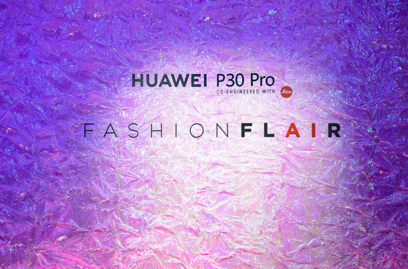LFM Group per Huawei 2019 - High-tech/Fashion synergy with Annakiki fashion show co-created with the AI of the new HUAWEI P30 PRO