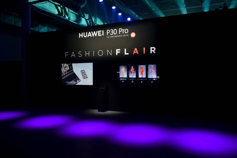 LFM Group per Huawei 2019 foto 8 - Stage design for events - by Artes Group International