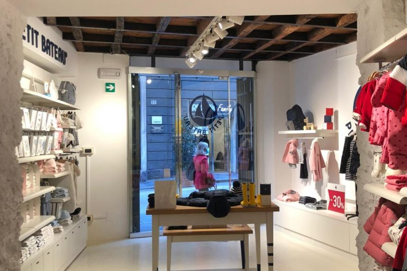 Petit Bateau foto 1 - Shop interior - by Artes Group International